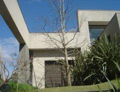 Casa_Batel_Capa.jpg
